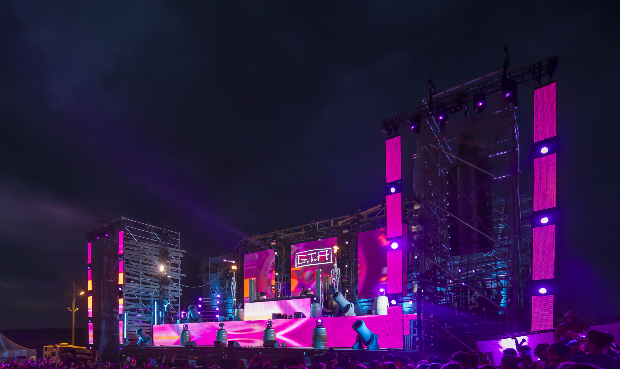 Paradiso 2015 - Wreckage Stage & Seattle Concert Lighting - R90 Lighting azcodes.com